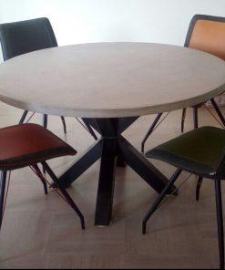 ronde betonlook tafel
