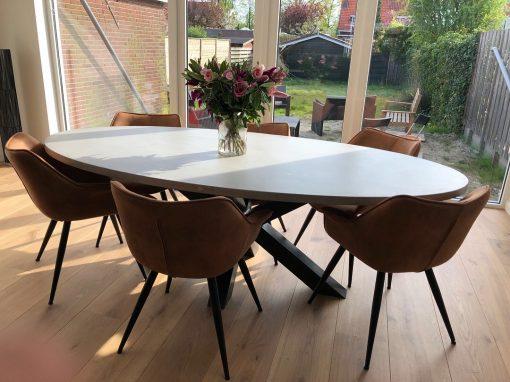 Betonlook tafel ovaal 240x120
