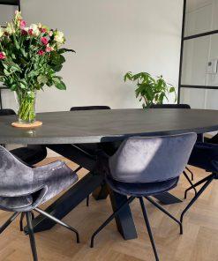 betonlook tafel ovaal