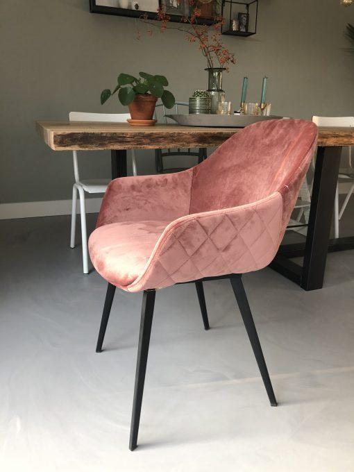 roze velvet stoeltjes